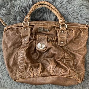 👜 Guess Large Brown Bag